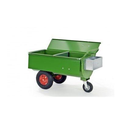 Voerwagen 250 LL met grote luchtbanden, met tussenwand, deksel en mineralenbak