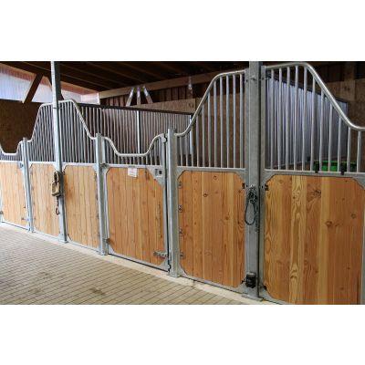 Voorwand paardenbox type Buchela